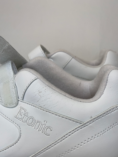Etonic Walking Strap Superlite Sneakers - sold as is