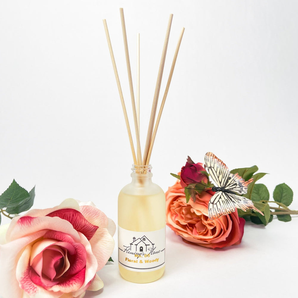 Load image into Gallery viewer, No.05 Flora & Woody - Reed Diffusers