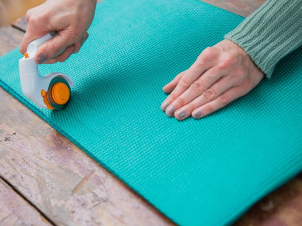 upcycle old yoga mat