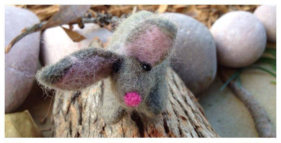 Bilby in Tree Log/Cave felt