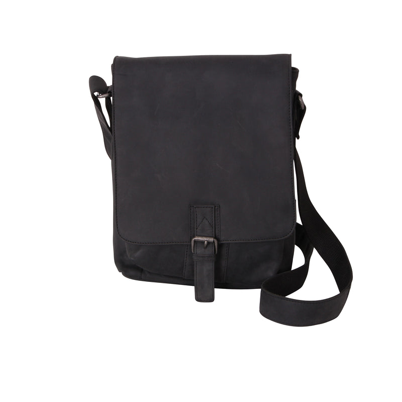 Avenue Hunter Leather Full Flap Bag Black/medium