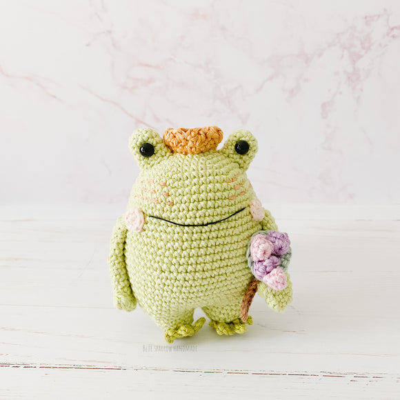 Leo the Frog Prince & Milo the Valentines Bear Crochet Pattern