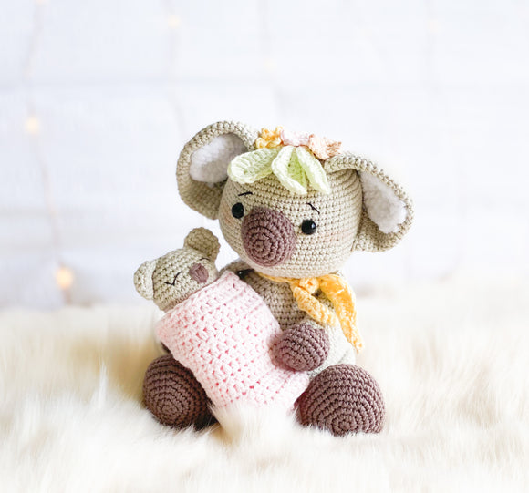Kiki the Koala & her newborn Joey Crochet Pattern