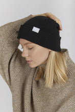 """Upload the image to the Gallery viewer, """"Night College Beret - Beanie snugbrandwear"""""""