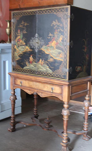 Chinoiserie Bar Cabinet