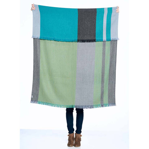Reversible Shupaca Alpaca Throw