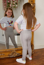 Load image into Gallery viewer, Mini Attire honeycomb leggings GREY