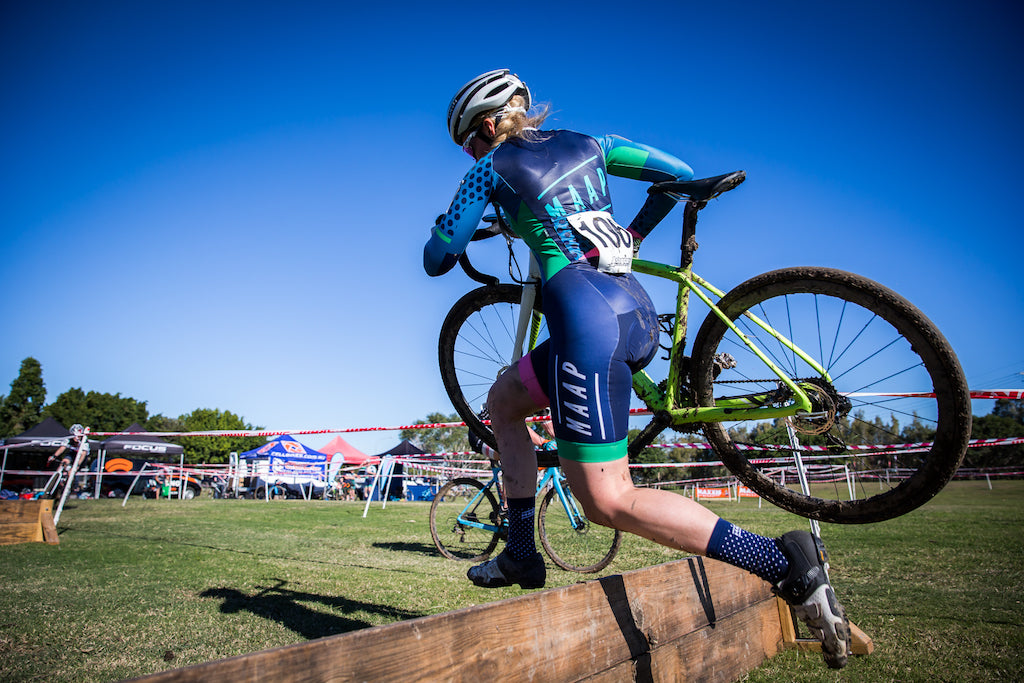cyclocross barrier jump