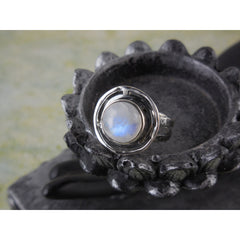 Moonstone Sterling Silver Ring – Size 7.75