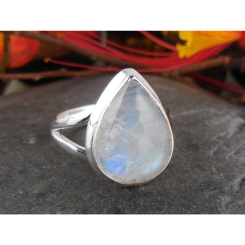 Moonstone Sterling Silver Ring – Size 7.50