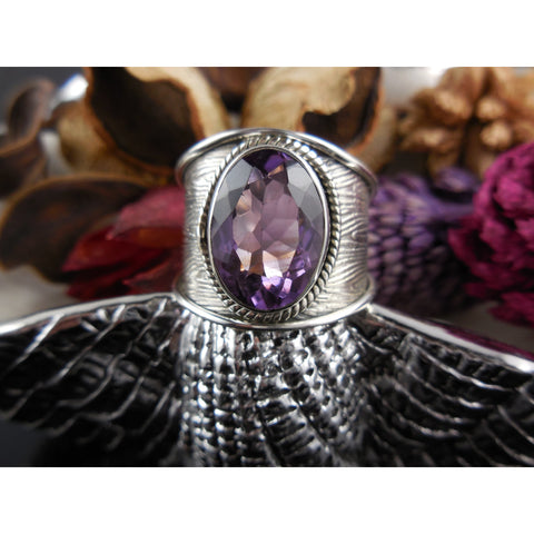 Amethyst Quartz Gemstone Sterling Silver Ring - Size 7.25