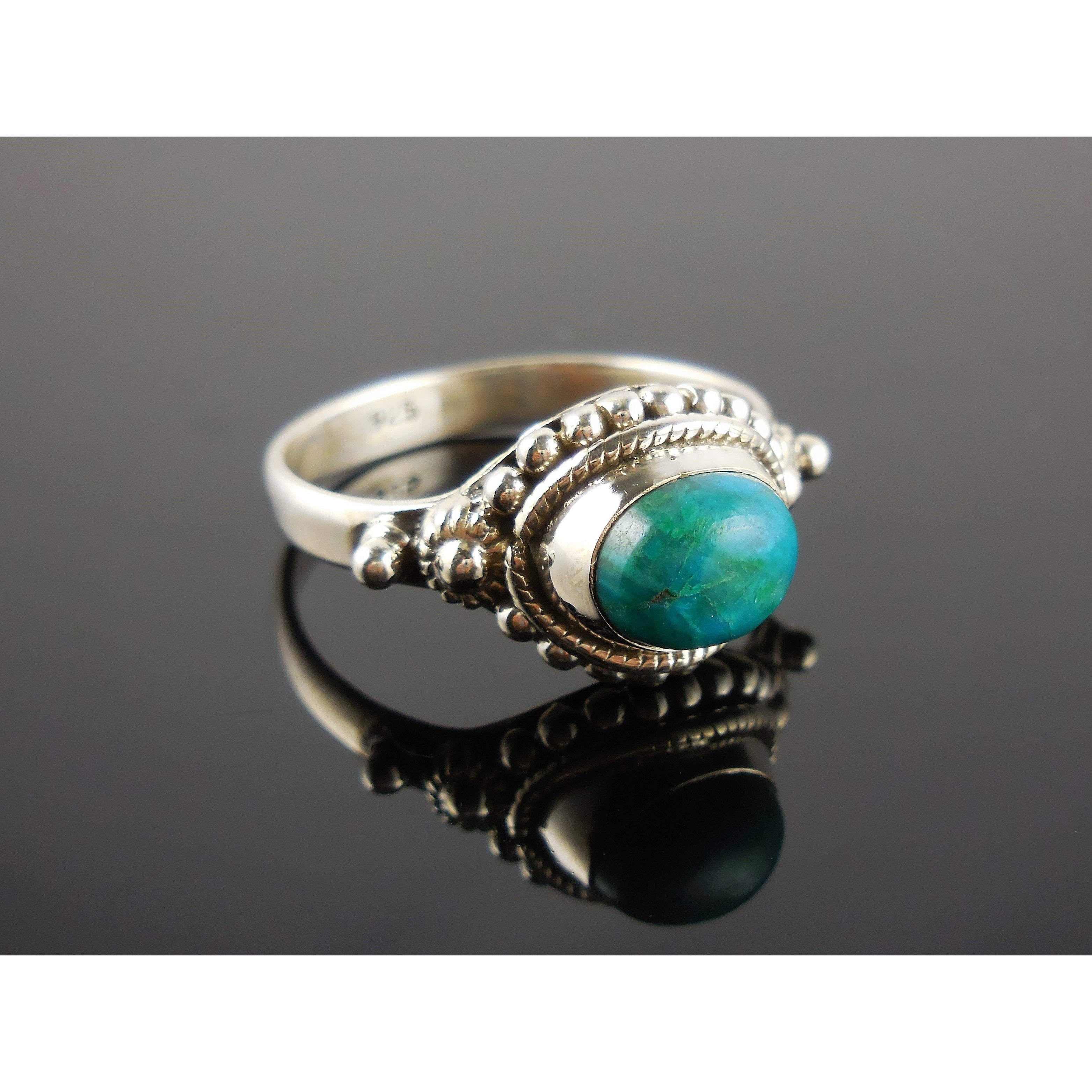 Turquoise Sterling Silver Ring – Size 7.85