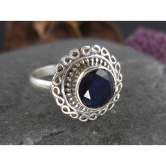 Sapphire Gemstone Sterling Silver Ring - Size 7.5