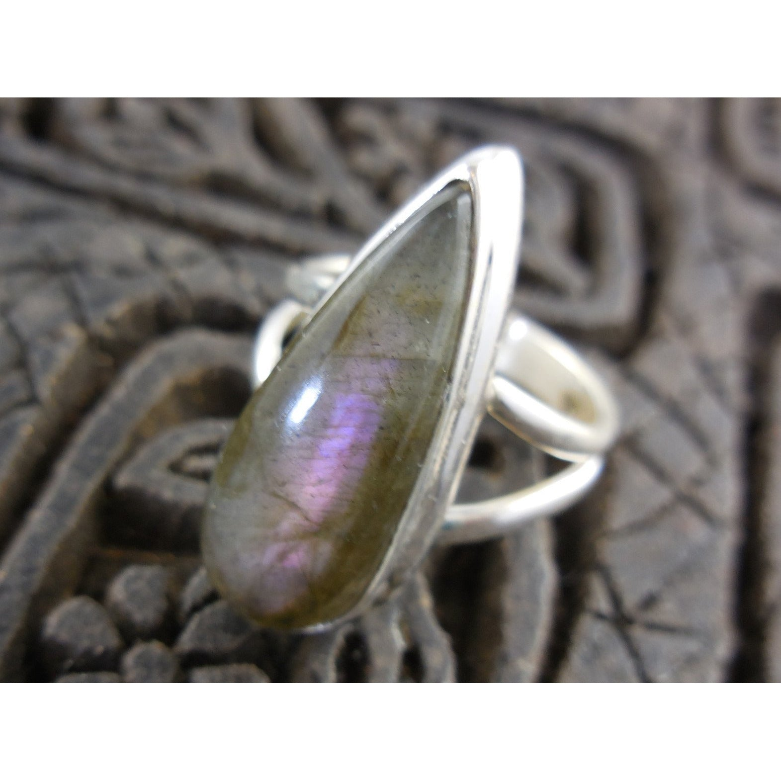 Labradorite Cabochon Gemstone Sterling Silver Ring - Size 6.75