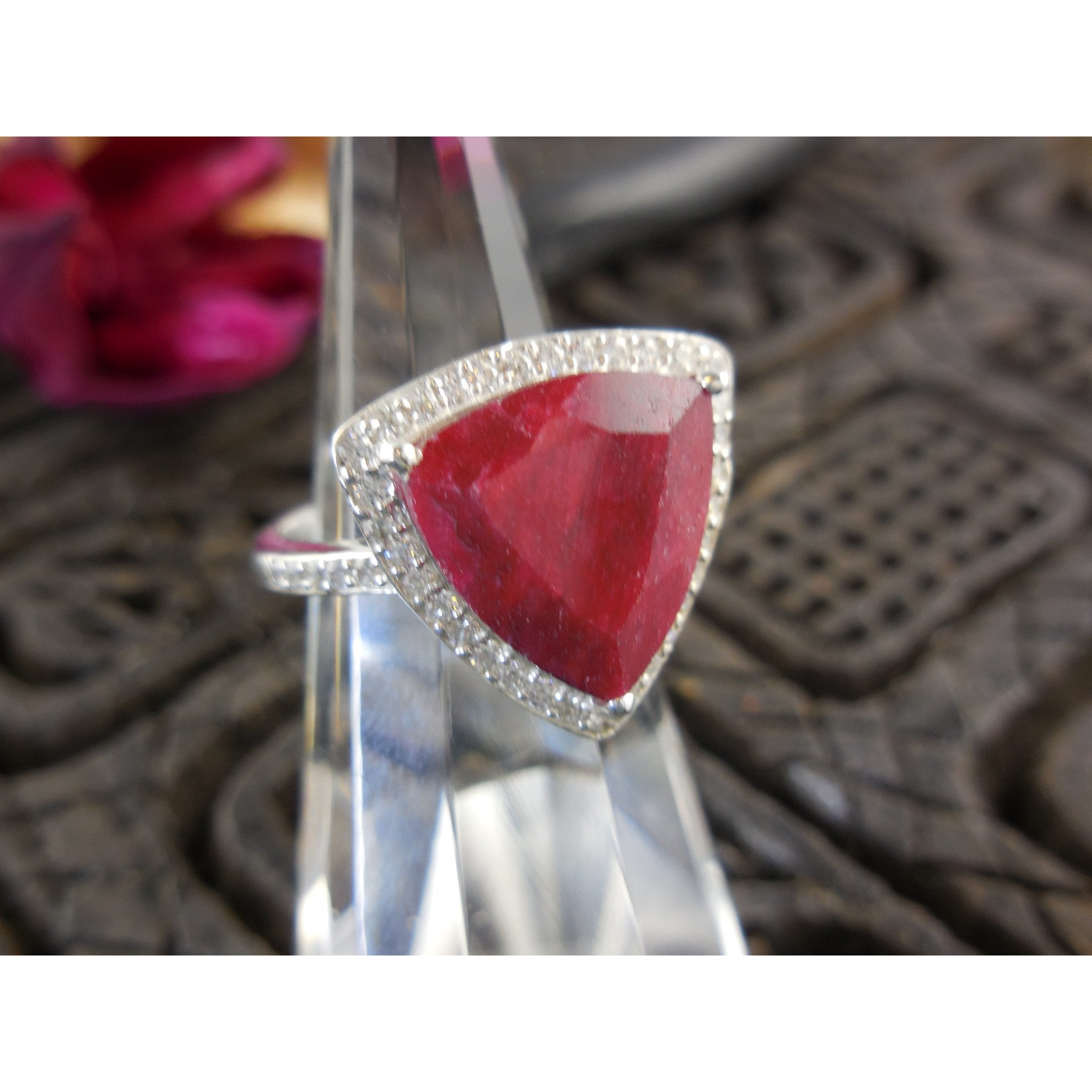 pear il size fullxfull ruby listing faceted gemstone flat shaped back