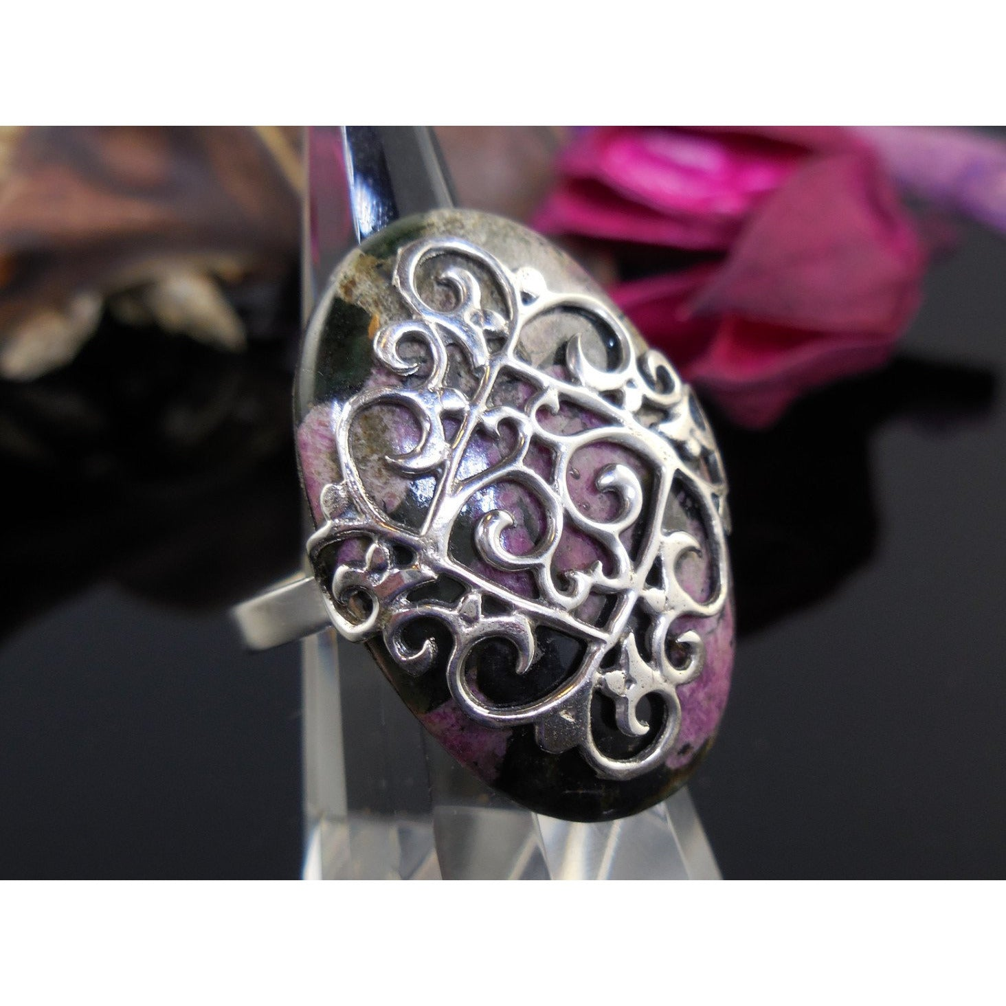 Eudialyte Sterling Silver Filigree Ring - Size 6.5