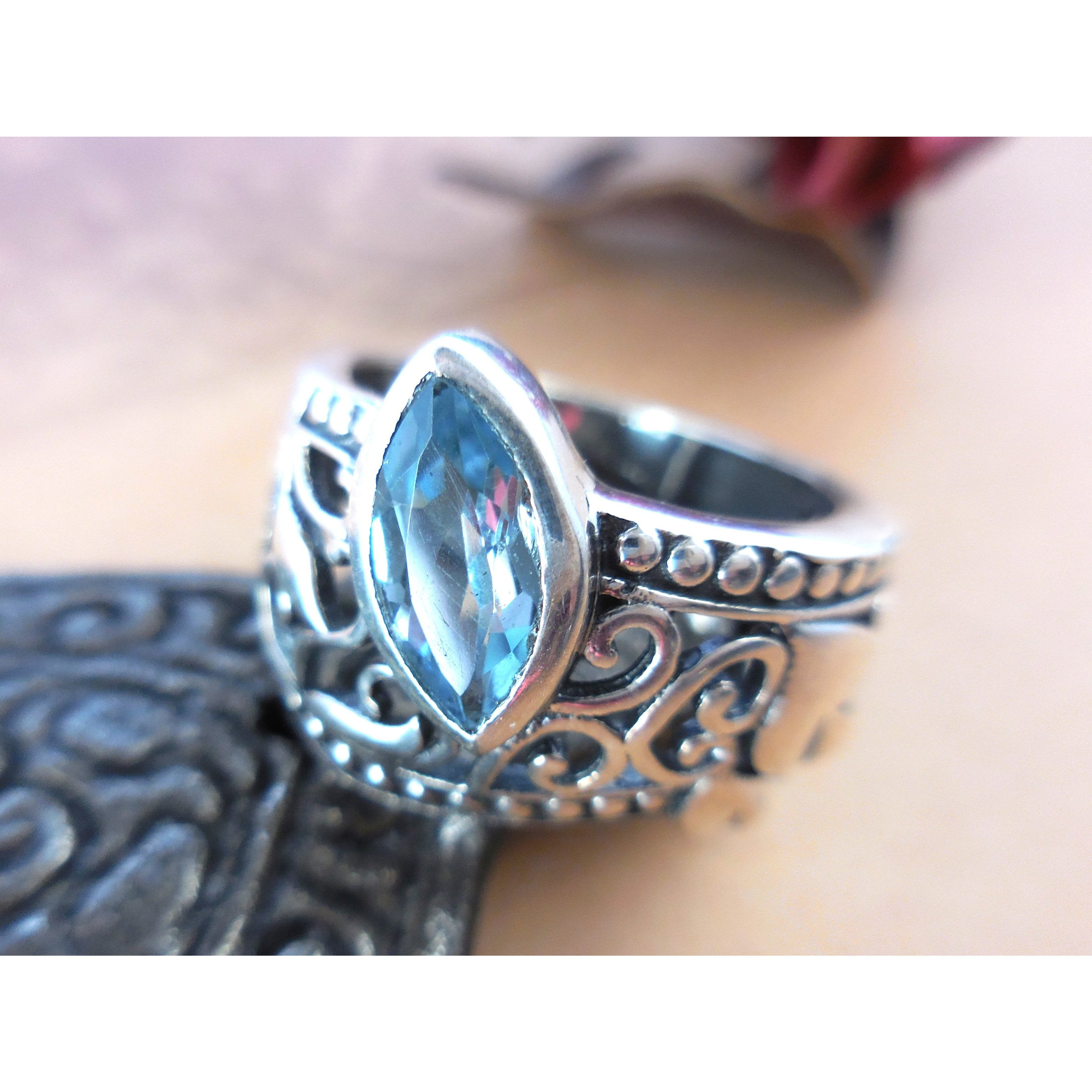 Blue Topaz .925 Sterling Silver Lily & Heart Ring - Size 8