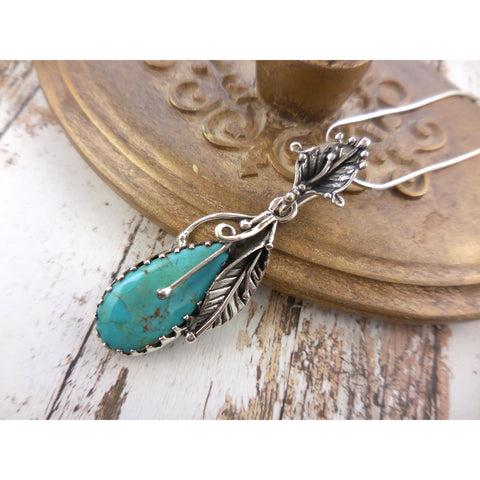 Turquoise .925 Sterling Silver Lily Pendant/Necklace