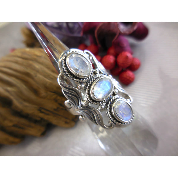 Moonstone 3-Stone .925 Sterling Silver Ornate Ring - Size 7.75