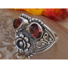 Garnet Sterling Silver Flower Ring - Size 8.50