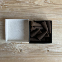 Load image into Gallery viewer, Haeckels Incense Cones - Lemon Balm