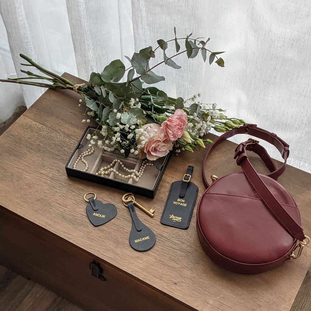 Louvreuse, French leather accessories