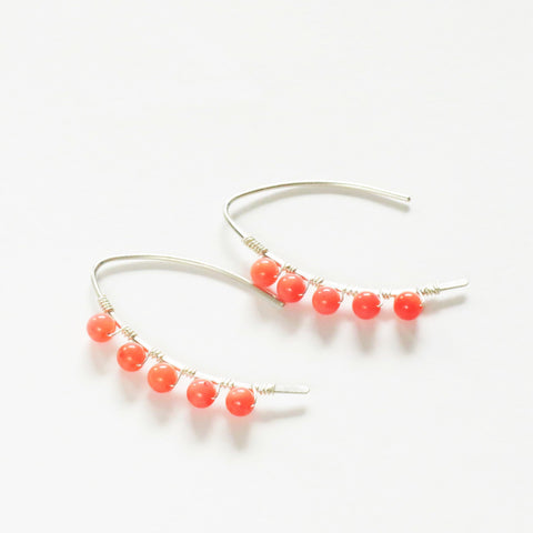 Coral mini curve earrings