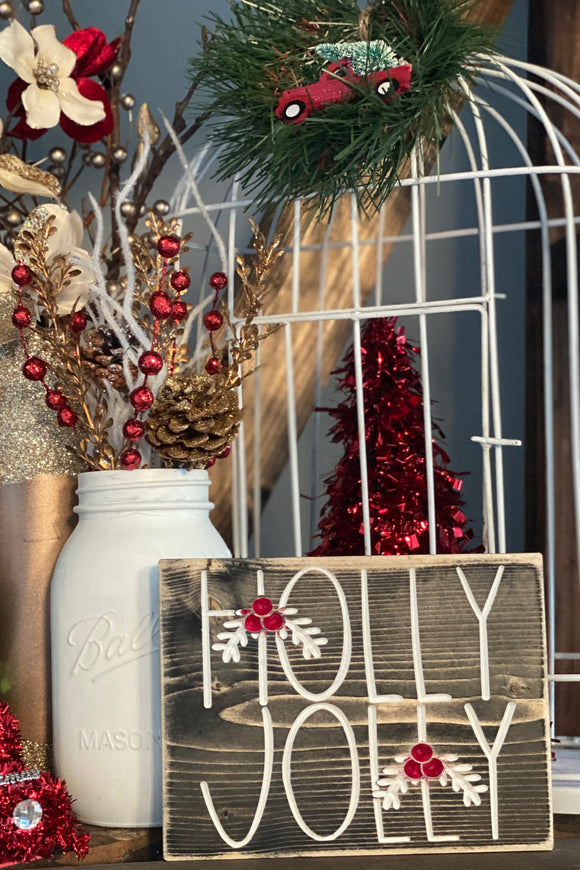 'Holly Jolly' engraved sign