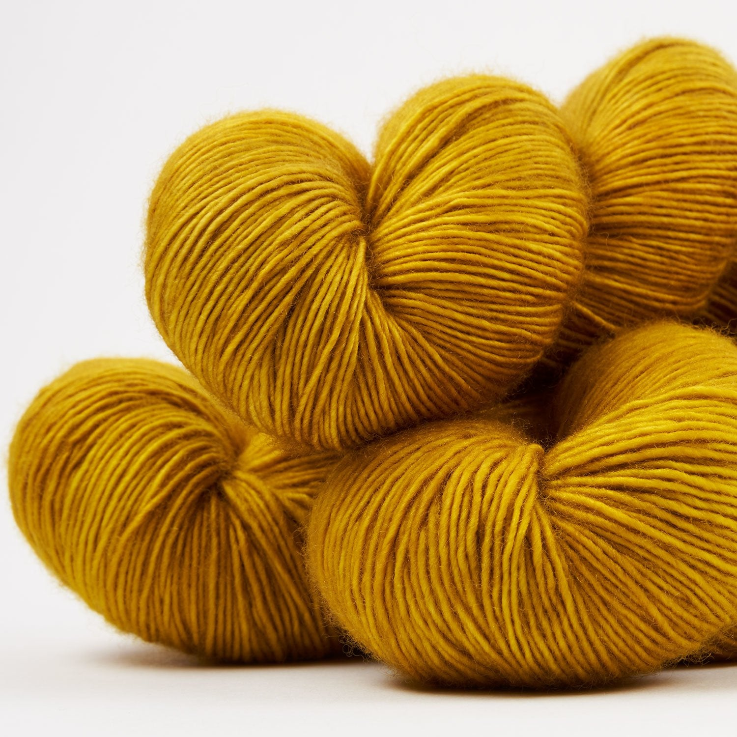 LBA MERINO SINGLES - YELLOW BRICK ROAD