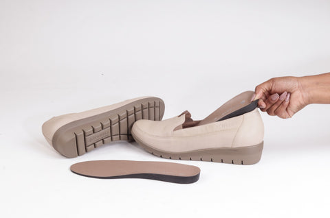 froggie-shoes-comfy-loafer-with-removable-footbed
