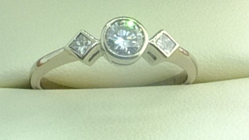 18 CT White Gold and 0.70ct Diamond Ring