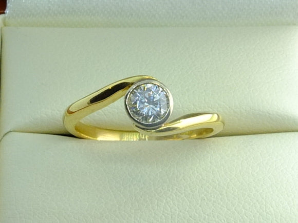 18ct Yellow and White Gold Set 0.50 carat Diamond Ring
