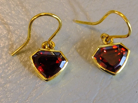 18ct Gold and 6.23 carat Red Garnet Earrings