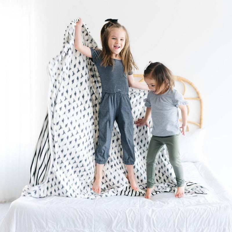 Copper Pearl Three-Layer Jumbo Quilt | Wild