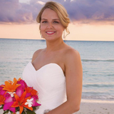 image of a bride who got her makeup done by Colore me perfect