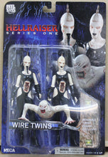 Lade das Bild in den Galerie-Viewer, Hellraiser Series One - Wire Twins
