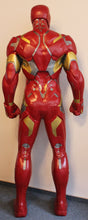 Lade das Bild in den Galerie-Viewer, Iron Man Life-Size Statue