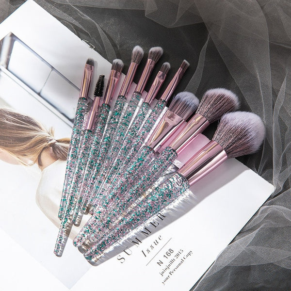 7/10 High-Quality Professional Makeup Brushes Set - swipeproffitnow