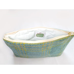 Load image into Gallery viewer, Snelston Bright Wash Bag