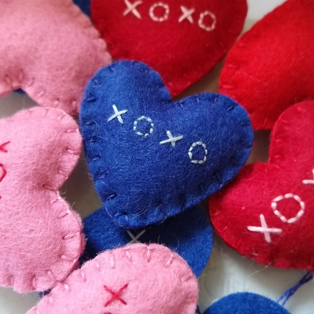 XOXO Pocket Heart