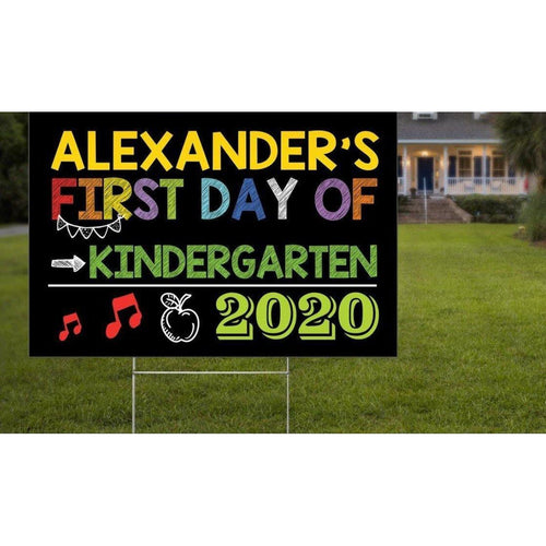 First Day of Kindergarten 2020 Yard Sign, First Day of School Lawn Sign, Back to School - Family Presents - Great Blanket, Canvas, Clothe, Gifts For Family