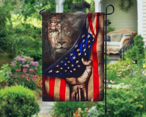 Happy easter day - Garden flag house flag - Jesus And Lion Garden Flag, Lion Of Judah House Flag, The Perfect Combination, Hand Pulling Down American, Easter Day Gift, Home Decor - Family Presents - Great Blanket, Canvas, Clothe, Gifts For Family