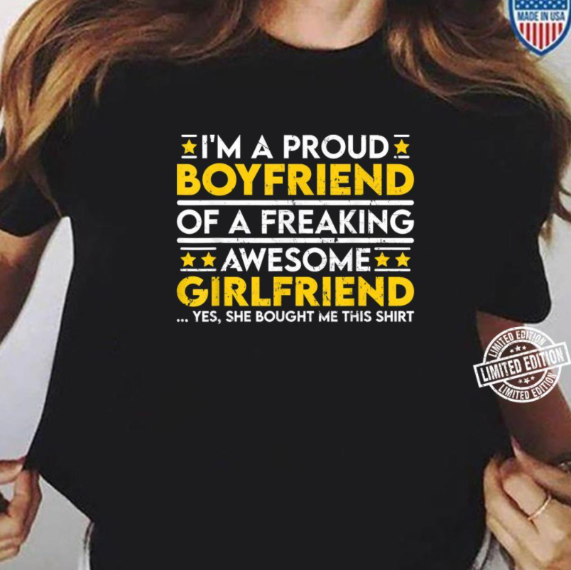 Proud boyfriend of a awesome Girlfriend Standard T-shirt - Family Presents - Great Blanket, Canvas, Clothe, Gifts For Family