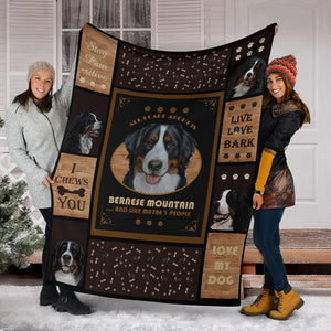 BERNESE MOUNTAIN DOG BLANKET