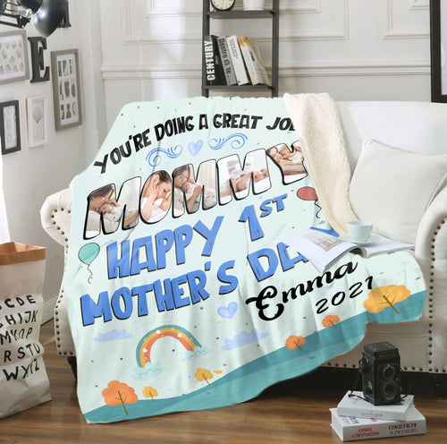 Personalized Mothers Day Blanket, Gift from baby kid, You'Re Doing A Great Job, Mommy Happy 1St Mother's day Fleece blanket