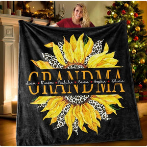 Personalized blanket - Sunflower Blanket with Grandkids' Names and grandma's nickname - Family Presents - Great Blanket, Canvas, Clothe, Gifts For Family