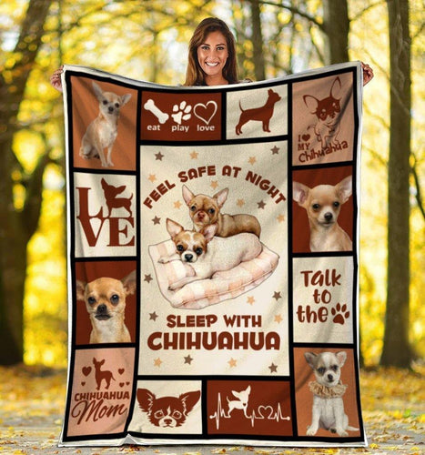 Dog Blanket Feel Safe At Night Sleep With Chihuahua Dog Fleece Blanket - Family Presents - Great Blanket, Canvas, Clothe, Gifts For Family