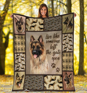 Dog Blanket Live Like Someone German Shepherd Dog Fleece Blanket