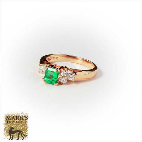 01963 Estate 14K Yellow Gold Emerald & Diamond Ring