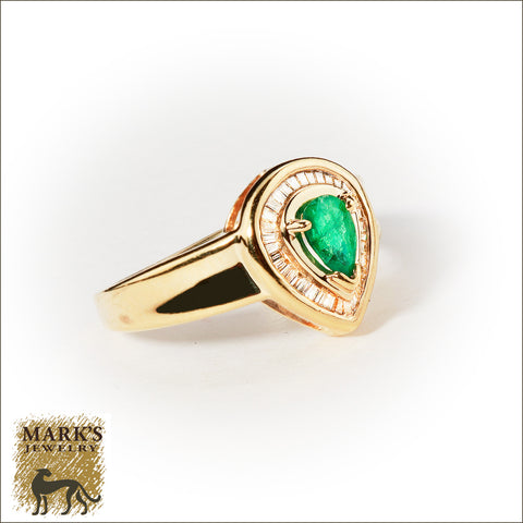 * 03517 Estate 14K Yellow Gold Pear Shaped Emerald & Diamond Ring